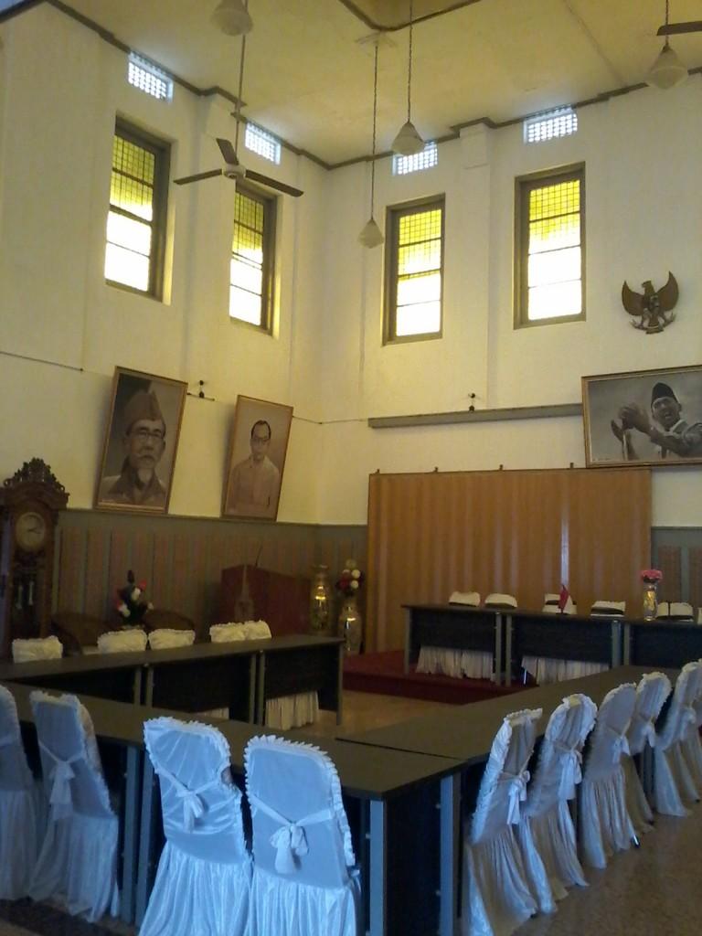 Ruang Rapat di Wima Pesanggrahan Manumbing