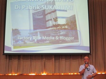 Pak Agus menjelaskan tentang Pocari Sweet