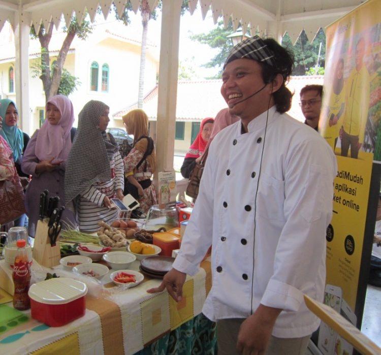 Jun Joe Winanto Memantapkan Kiprahnya Sebagai Chef Masak