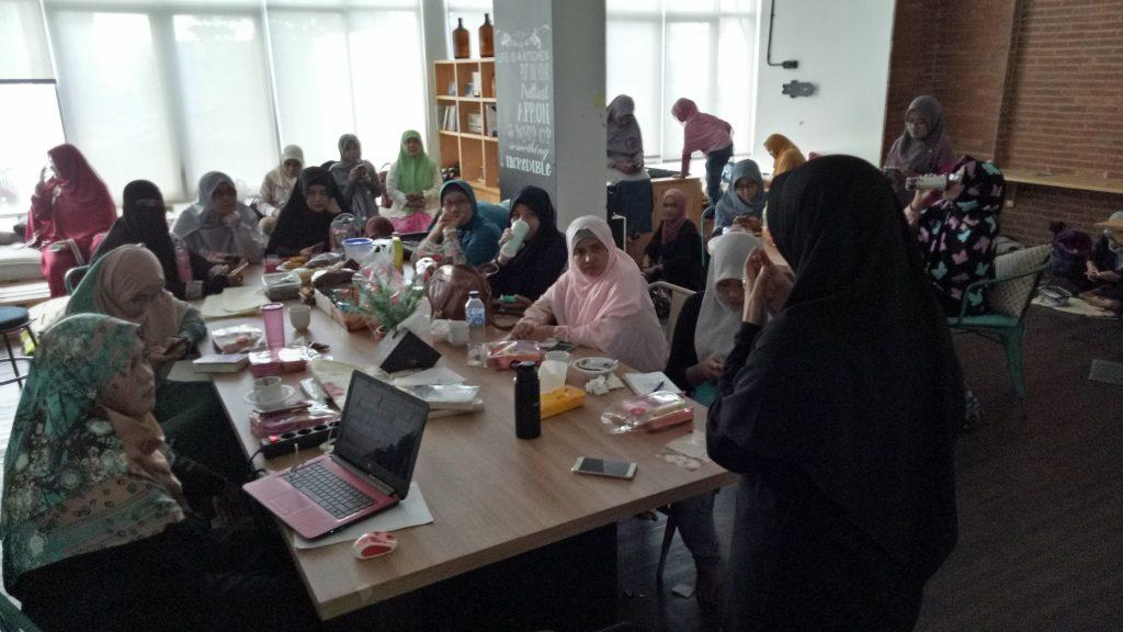 Meet Up Blogger Muslimah : Belajar Menulis dan Kecantikan ...