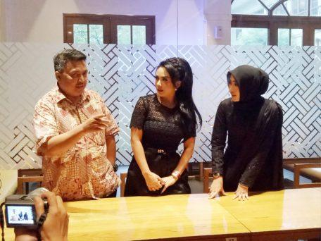 Pak Amril bersama KD dan VM (dok.pribadi)